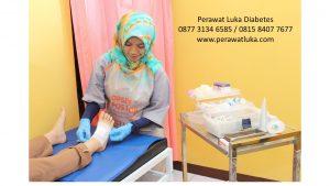 Foto perawat luka diabetes Depok