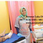 perawat luka home care